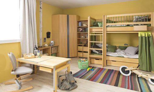 Kinderzimmer aus Naturholz