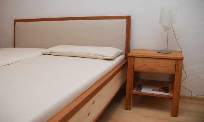 Schlafzimmer aus Zirbenholz vom Schreiner