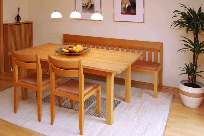 Schreiner Tisch aus Massivholz aus der Schreinerei Saringer